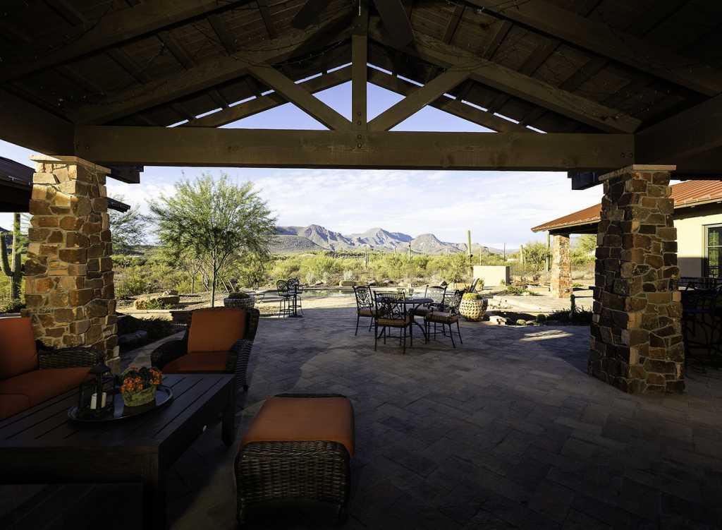 Cave Creek Ranch - Patio