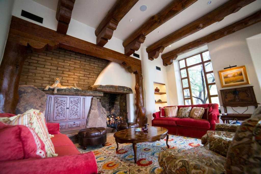 Desert Mountain - Southwest - Living Room
